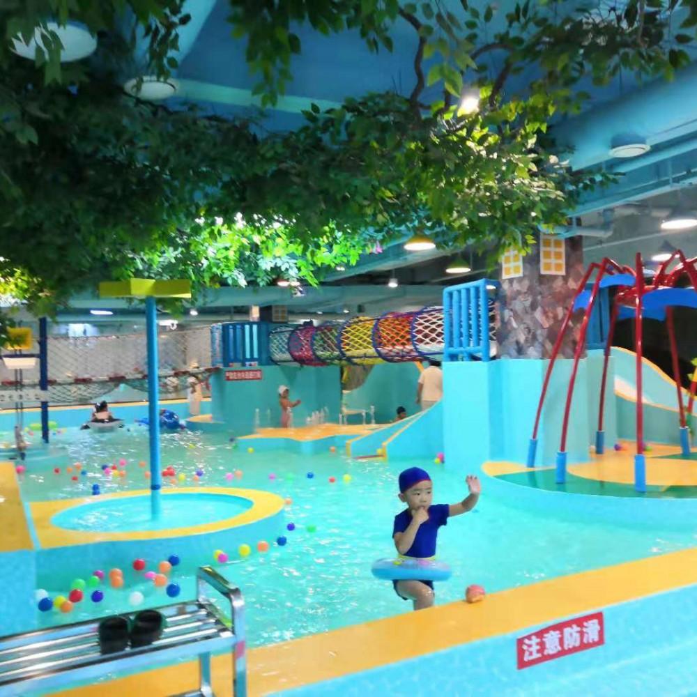 乌拉特蓝泡泡儿童水上乐园